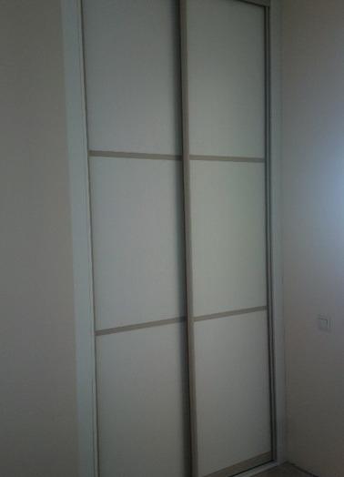 Белые шкафы-купе-Шкаф-купе из ЛДСП «Модель 202»-фото3